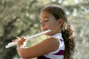 beginning flute player