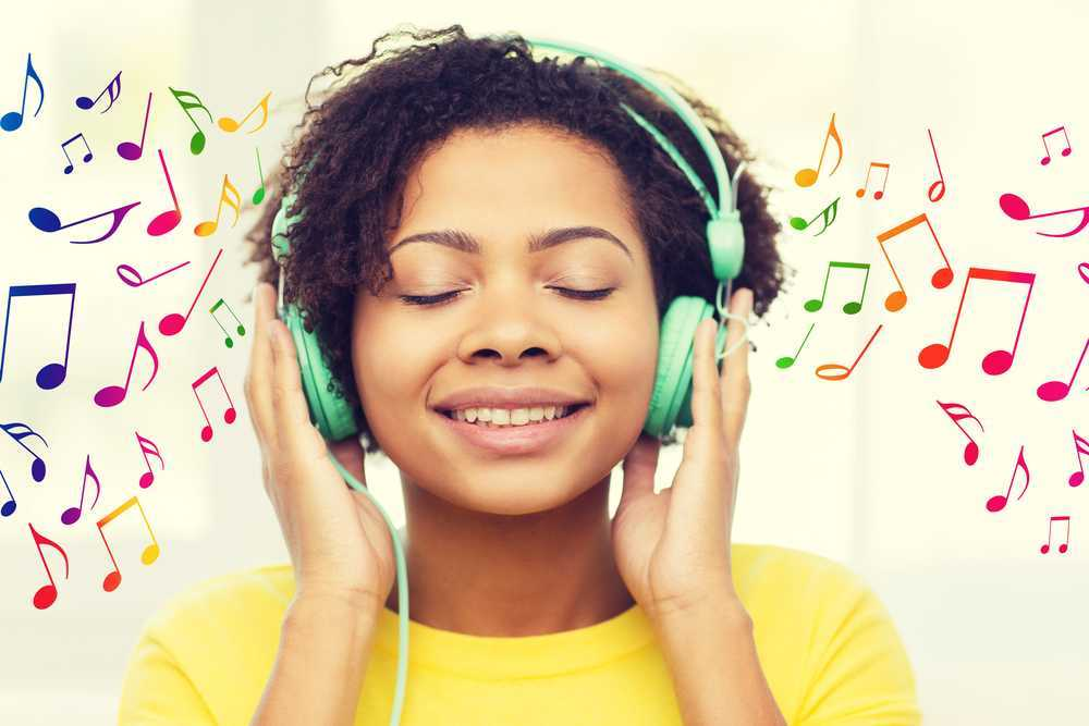 woman listening to music jazz