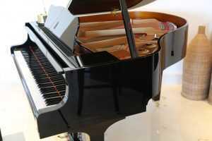 piano types baby grand