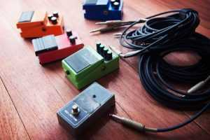guitar gear stomp box and effects