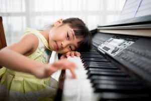 girl at electric keyboard