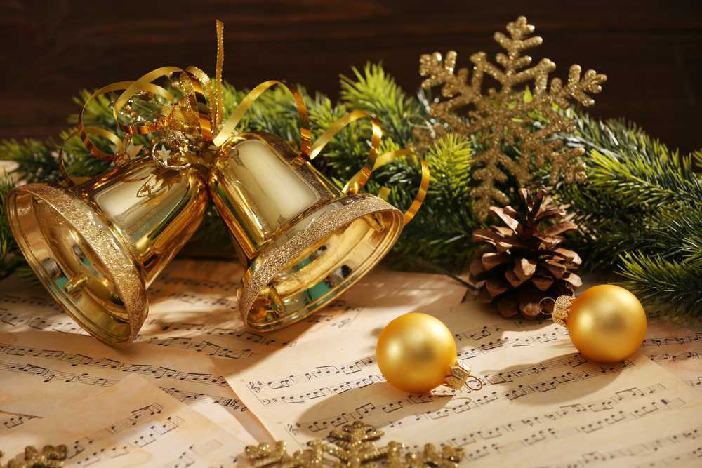 Christmas Songs for Guitar: Easy Songs to Learn for the Holidays