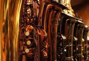 saxophone brands on display