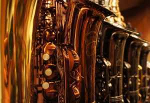 saxophone brands on display