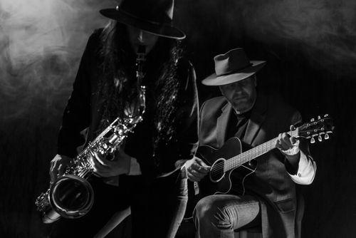 saxophone guitar
